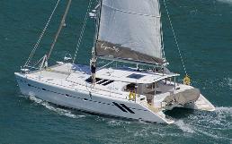 Knysna under sail
